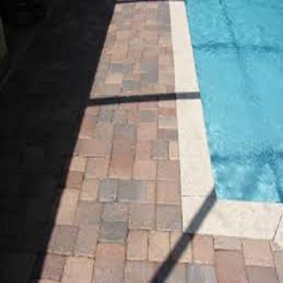 Pavimentazione piscina esterna